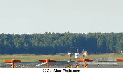HD - Aircraft take off_Bombardier Dash 8 Q400