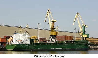 HD - Cargo crane in port scene1