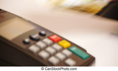 HD - Payment via Credit Card Terminal