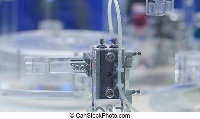 HD - Pharmaceutical production. conveyor system