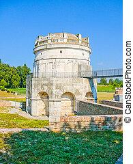 HDR Mausoleo di Teodorico, Ravenna - High dynamic range (HDR...