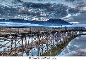 Salmon Arm wharf on a cloudy morning