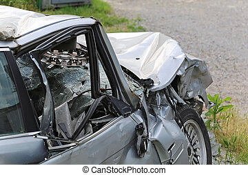 High speed head on car collision traffic accident