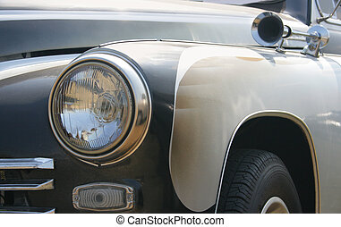 Headlight and klaxon - Classic and vintage cars - headlight ...