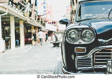 Headlight lamp of vintage classic car