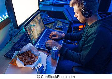 headphones, gamer, spelend, mannelijke , draagbare computer