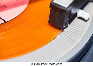 headshell, de, plataforma giratória, ligado, laranja, vinil