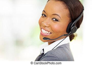 headshot, von, afrikanisch, anruf- mitte, bediener