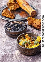 Healing gathering roots and herb - Medicinal herbs of folk...