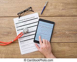 Health insurance claim internet online form