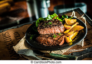 Healthy lean grilled beef steak and vegetables - Healthy...