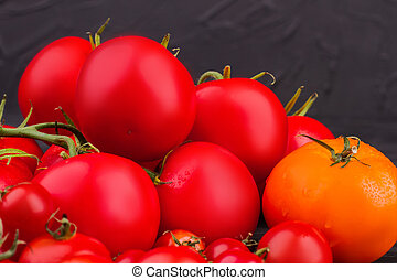 Heap of fresh red tomatoes.