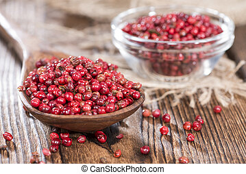 Pink Peppercorns - Heap of Pink Peppercorns (detailed macro ...
