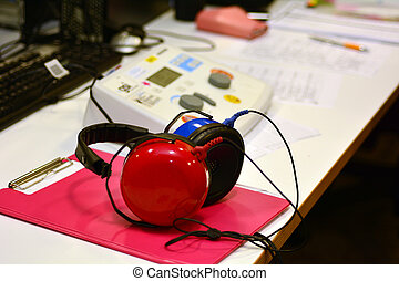 Hearing check equipment - Hearing screening and testing ...