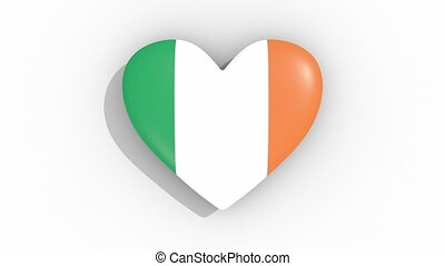 Heart in colors flag of Ireland pulses, loop - Heart in...