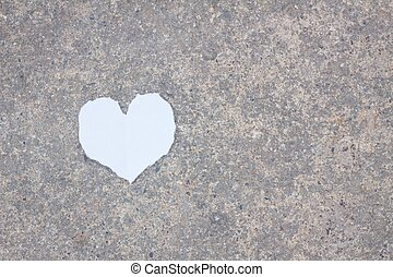 heart paper on the ground