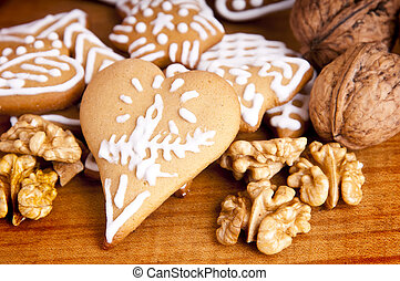 ginger bread - heart shaped ginger bread and wallnuts