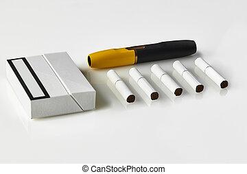 heatsticks, giallo, nuovo, technology., generazione, area., pacco, chiudere, white., pubblicità, sigaretta, su, elettronico, cinque, isolato, nero
