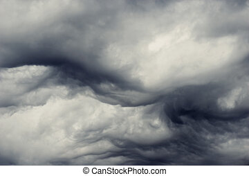 stormy clouds - heavy gale black stormy clouds