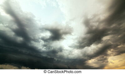Heavy Rain Clouds Before A Storm. Time-Lapse. - Heavy Rain...