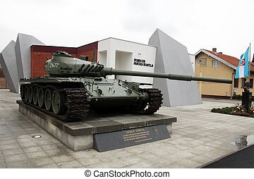 Heavy tank T-80