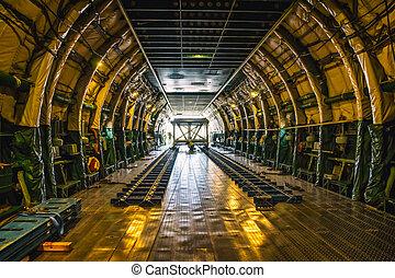 Heavy weight cargo airplane