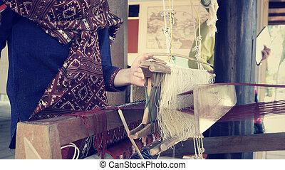 hechaa mano, tejer, hilo