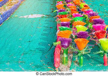 hecho, botella, garden., colorido, plástico, adornar, ...