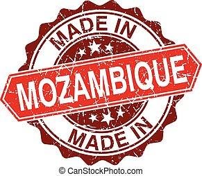 hecho, estampilla, aislado, mozambique, plano de fondo, rojo...