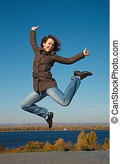 ?heerful, flicka, in, hopp, mot, mörkblå, sky., produktivt,...
