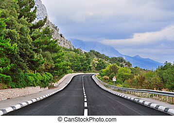 hegy út