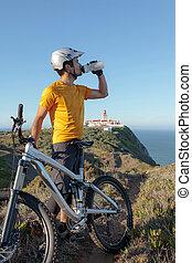 hegy biker, ivóvíz