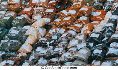 heiß, cilantro, austria., etikette, more., counter., verschieden, markt, safran, deutsch, pfeffer, preis, gewürz, gelbwurz, lieb, oregano, hopfen, wien, thymian