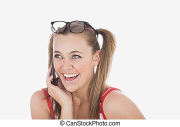 heiter, junge frau, gebrauchend, mobilfunk