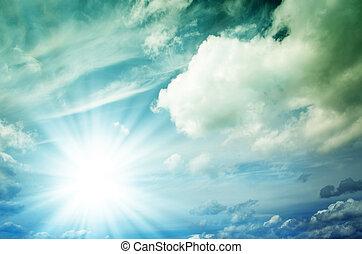 heldere zon, met, blauwe , stralen