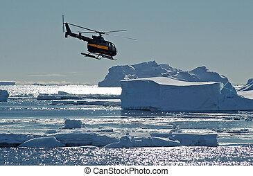 helicóptero, sobre, antárctico, icebergs