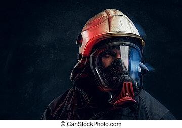 helm, zuurstof, brandweerman, masker, donker, studioportret, veiligheid