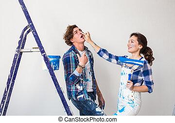 helyreállítás, rendbehozás, és, emberek, fogalom, -, fiatal, házaspár, festmény, közfal, alatt, -eik, új, home.