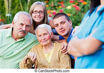 hem, farmor, sjukvård, besökande