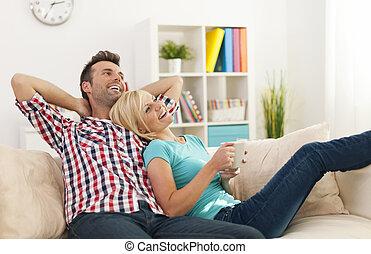 hem, par, tillsammans, avkopplande, lycklig