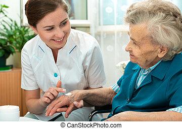 hem, sköta, kvinna, hjälpt, äldre