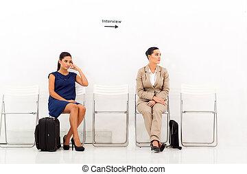 hembra, candidatos, esperar, para, entrevista de trabajo