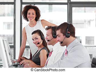 hembra, empresa / negocio, líder, con, ella, equipo