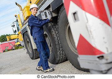 hembra, trabajador, por, lado, de, camión