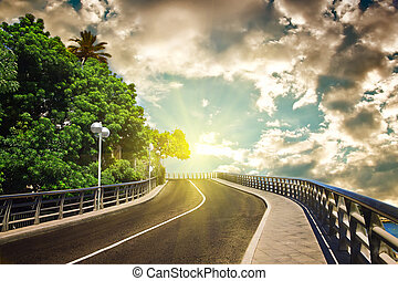 hemel, bewolkt, zonlicht, snelweg