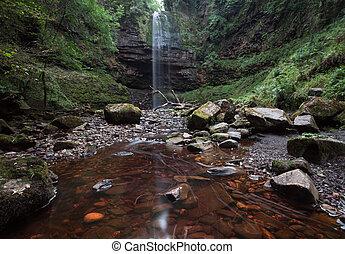 Henrhyd Falls Sgwd Henrhyd South Wales