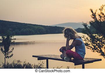 henrivende, barn, kigge, til, den, solnedgang
