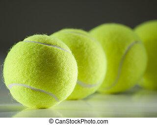 herék, tenisz, evez
