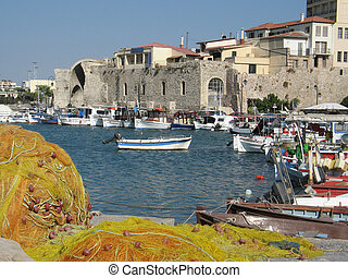 Heraklion port, Crete - Heraklion port and venetian harbour ...