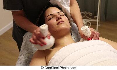 Herbal compressing balls massage - Herbal compressing balls...